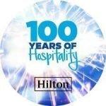 HILTON cumple 100 años